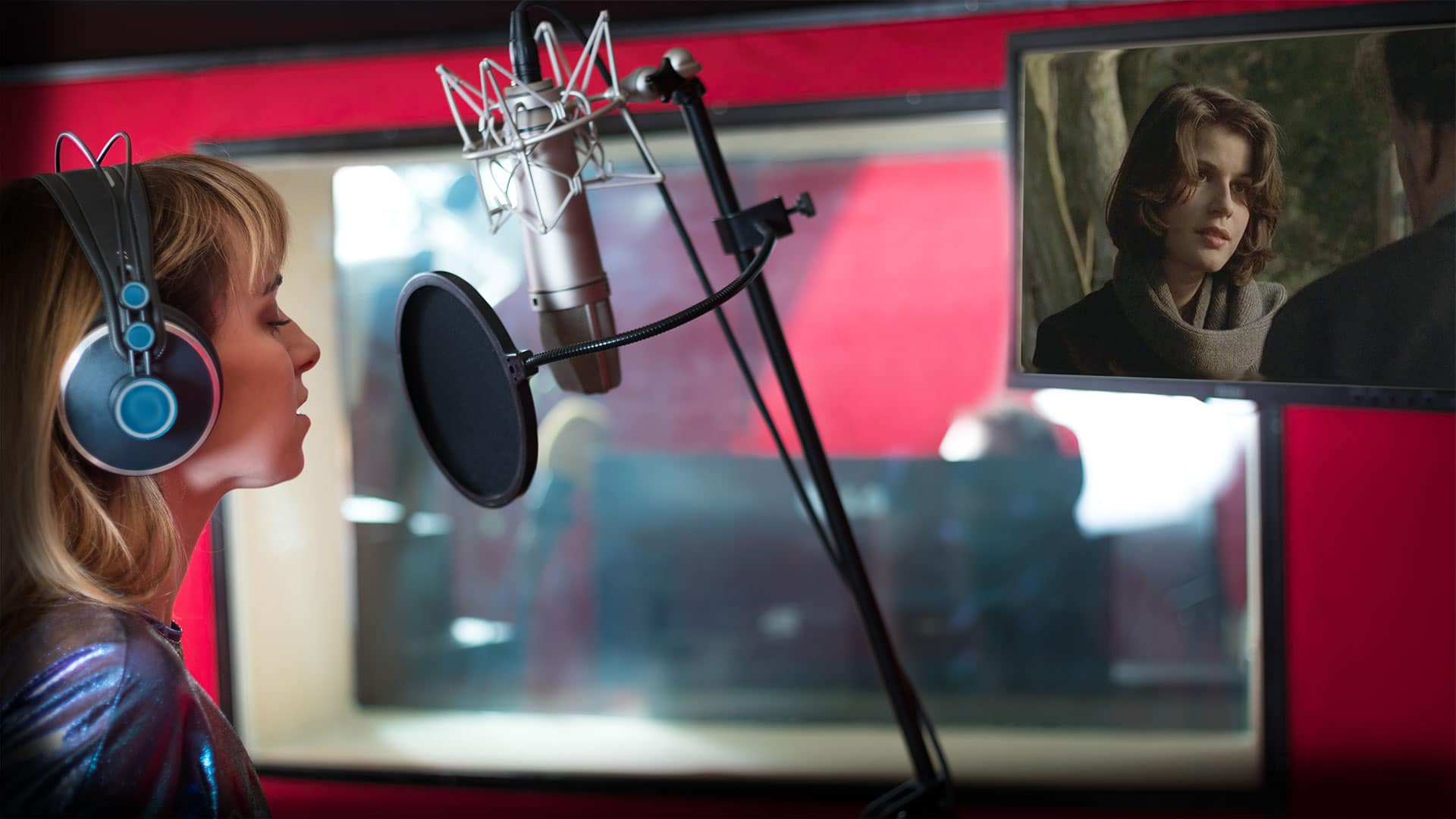 Travel the world with CIT Voice over and feel connected to our international network of talented voice actors.